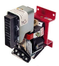 Hubbell Industrial Type 720 SPDT DC Contactor 200A 100-600VDC Stat-Pos Arc Chute 74VDC Coil Base Mounted